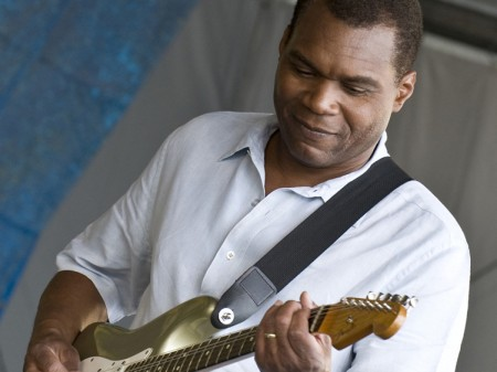The_Robert_Cray_Band_31-450×337