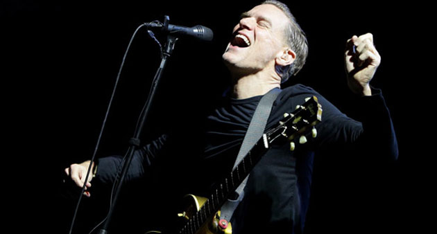 """Live Track: Bryan Adams """"Hey Honey I'm Packin' You In"""" – Vancouver, March 1992"""