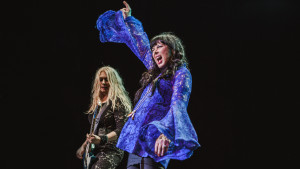 Heart Live at Royal Albert Hall- Ann Wilson, Nancy Wilson