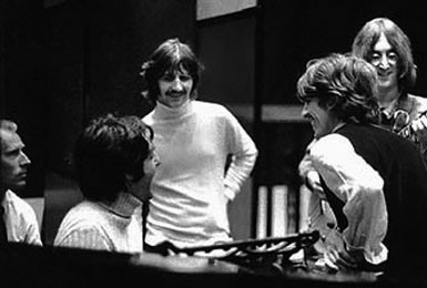 BEATLES-white-album-recording-session-385x260